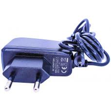 Блок питания для  Т2 тюнеров  5V 1,5A штекер тонкий DC3.5